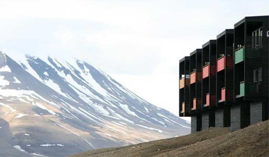 Sandmo og Svenkerud i Longyearbyen på Svalbard