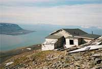 Ørneredet, også kalt Sneheim. Opprinnelig Hiorth-fjellgruva