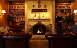 Funken Bar ligger i Spitsbergen Hotel i Longyearbyen