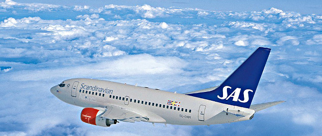 SAS, the recommended airline, has scheduled additional flights to Svalbard.