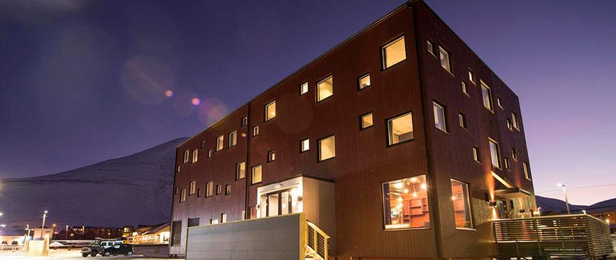 Svalbard Hotell The Vault Dark Season Blues 882