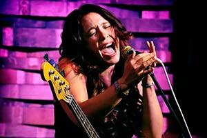 Det blir gjensyn med Danielle Nicole under årets festival, denne gang med eget band.