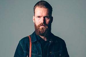 Joakim Tinderholt kommer tilbake til Dark Season Blues, denne gang med fullt band.